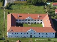 9102 Mittertrixen - Schloss