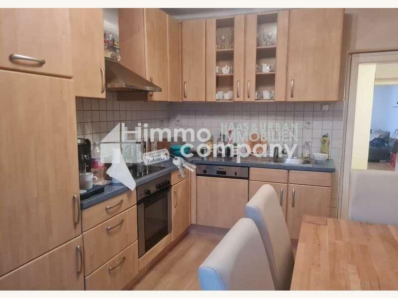 Küche mit Ausgang zum Balkon - Eigentumswohnung Graz - Bild 1