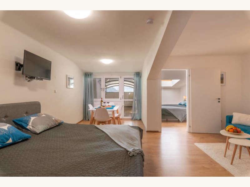 Appartement mit Terrasse - Mehrfamilienhaus Zell am See - Bild 1